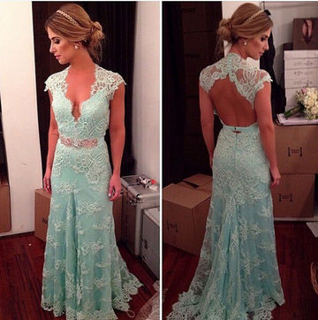 Long A-line Queen Anne Sleeveless Backless Prom Dresses 2018 Open Back Lace