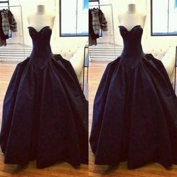 Long Sexy Black Ball Gown Sweetheart Sleeveless Backless Ruched Prom Dresses 2018 Open Back Vintage