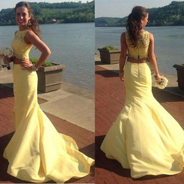 Long Yellow Mermaid Sleeveless Zipper Appliques Prom Dresses 2018 Two Piece