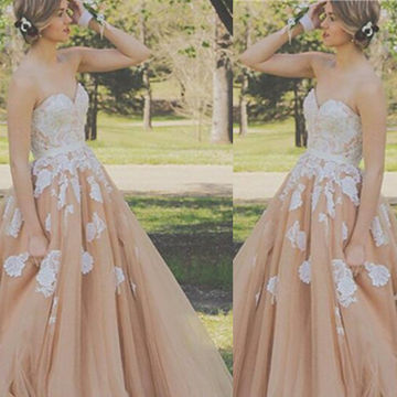 Sexy Ball Gown Strapless Sleeveless Embroidery Prom Dresses 2018