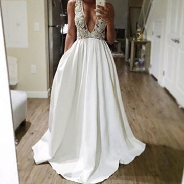 Long Sexy White A-line V-Neck Sleeveless Backless Appliques Prom Dresses 2018 Open Back