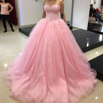 Long Ball Gown Sweetheart Sleeveless Appliques Prom Dresses 2018