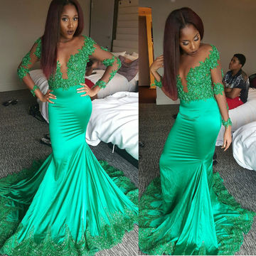 Green V-Neck Appliques Long Sleeves Prom Dresses 2017