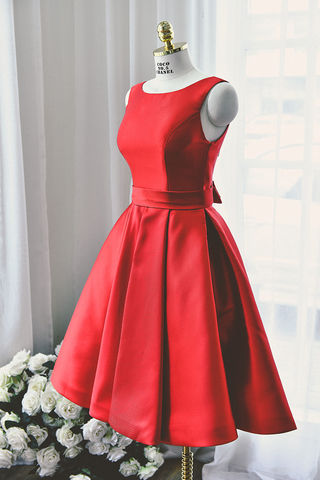 Red Backless A-line Short/Mini Satin Prom Dresses 2017