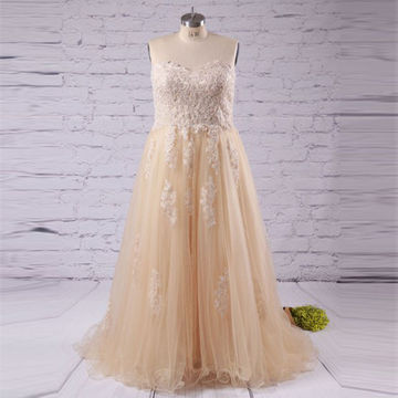 Long Plus Size Beige/Champagne A-line Sweetheart Sleeveless Appliques Prom Dresses 2018