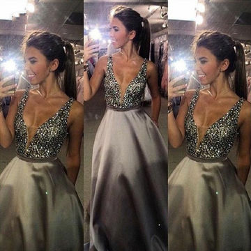 Sexy Silver A-line Straps Sleeveless Zipper Beading Prom Dresses 2018