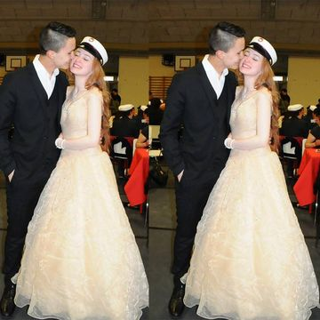 Long Junior Beige/Champagne Ball Gown V-Neck Capped Sleeves Zipper Beading Prom Dresses 2018 Sexy