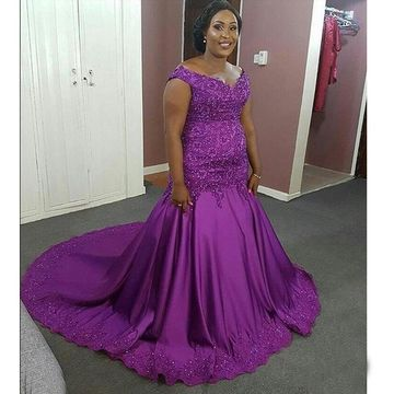 Cheap Long Plus Size Purple V-Neck Sleeveless Zipper Appliques Prom Dresses 2018