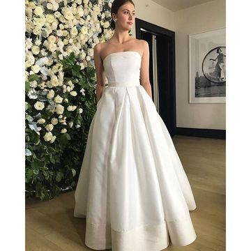 Simple Strapless Satin 2018 Wedding Dress A-line Sleeveless