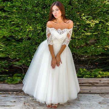 Off the Shoulder Half Sleeves A-line 2018 Wedding Dress Lace