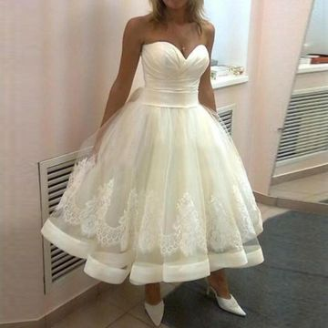 Sweetheart Appliques A-line 2018 Wedding Dress
