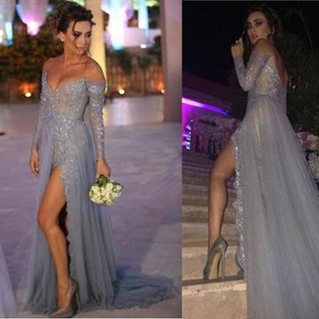 A-line Off-the-Shoulder Long Sleeves Zipper Beading Prom Dresses 2019 Chiffon Sexy