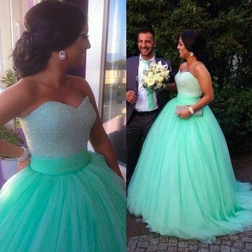 Long Green Ball Gown Sweetheart Sleeveless Zipper Beading Prom Dresses 2020