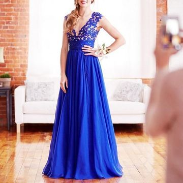 31b262a100 49%OFF Long Junior Blue A-line Straps Sleeveless Zipper Appliques ...