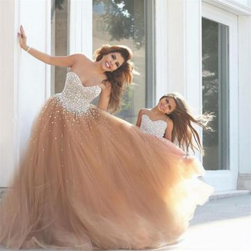 Long Sexy Ball Gown Sweetheart Sleeveless Beading Prom Dresses 2019