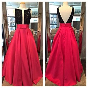 Long Sexy Red A-line Sleeveless Backless Crystal Detailing Prom Dresses 2020 Open Back