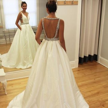 Long Wedding Dresses 2019 A-line V-Neck Sleeveless Open Back Sexy