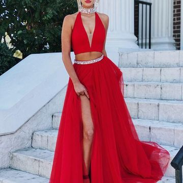 Red Long Prom Dresses 2019 A-line Halter V-Neck Sleeveless Two Piece
