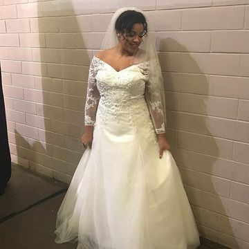 49%OFF Long Sleeves A-line 2019 Plus Size Wedding Dress V ...