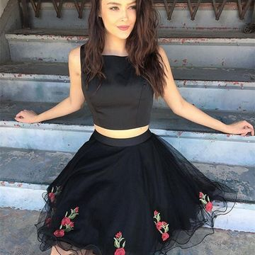 Black Round Neck Sleeveless A-line 2019 Two Piece Homecoming Dress