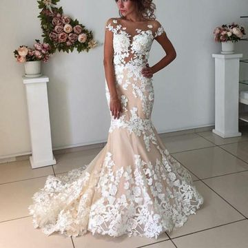 Round Neck Capped Sleeves Illusion Appliques Lace 2020 Mermaid Dress Open Back
