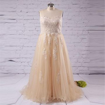 Long Plus Size Beige/Champagne A-line Sweetheart Sleeveless Appliques Prom Dresses 2019