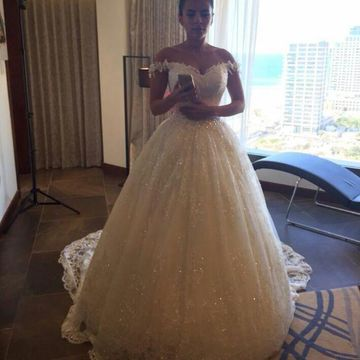 Ivory Long Wedding Dresses 2019 Ball Gown Sleeveless Lace