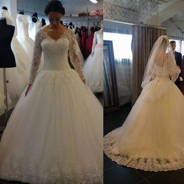White Long Wedding Dresses 2019 Ball Gown V-Neck Long Sleeves Lace