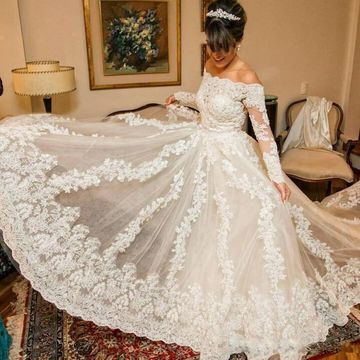 White Long Wedding Dresses 2019 A-line Long Sleeves For Short Girls