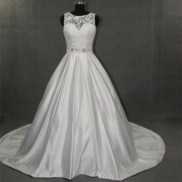 White Long Wedding Dresses 2019 Princess Sleeveless Lace