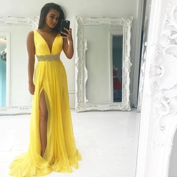 49%OFF Yellow Long Prom Dresses 2019 A-line V-Neck Sleeveless ...