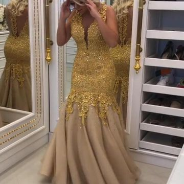 Gold Sequin Long Prom Dresses 2019 Mermaid V-Neck Sleeveless Lace