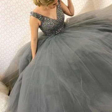 Grey Long Prom Dresses 2019 A-line Ball Gown V-Neck Sleeveless