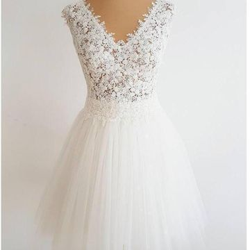 White V-neck Sleeveless A-line 2019 Homecoming Dress Lace
