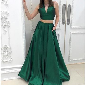 9f4f63e41fea4 49%OFF Green Long Prom Dresses 2019 A-line V-Neck Sleeveless Two ...