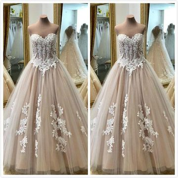 Formal Gorgeous Beige/Champagne Ball Gown Sleeveless Natural Waist Appliques Prom Dresses 2019