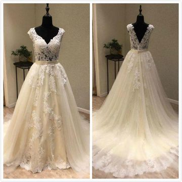 Elegant Formal Gorgeous Ivory A-line Sleeveless Natural Waist Appliques Prom Dresses 2020
