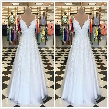 Simple Formal Gorgeous White A-line Sleeveless Natural Waist Appliques Prom Dresses 2020