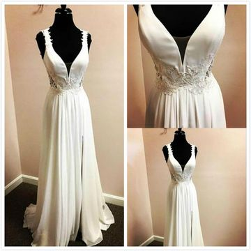 Formal White A-line Sleeveless Natural Waist Buttons Beading Ruched Prom Dresses 2019