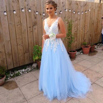 Blue Light Sky Blue A-line Sleeveless Natural Waist Appliques Prom Dresses 2019 Sweep/Brush Train