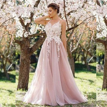 A-Line/Princess Round Neck Sleeveless Floor-Length Applique Tulle Dresses