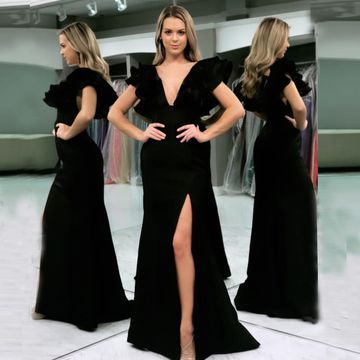 Black Sheath V Neck Short Sleeves Floor Length Prom Dress